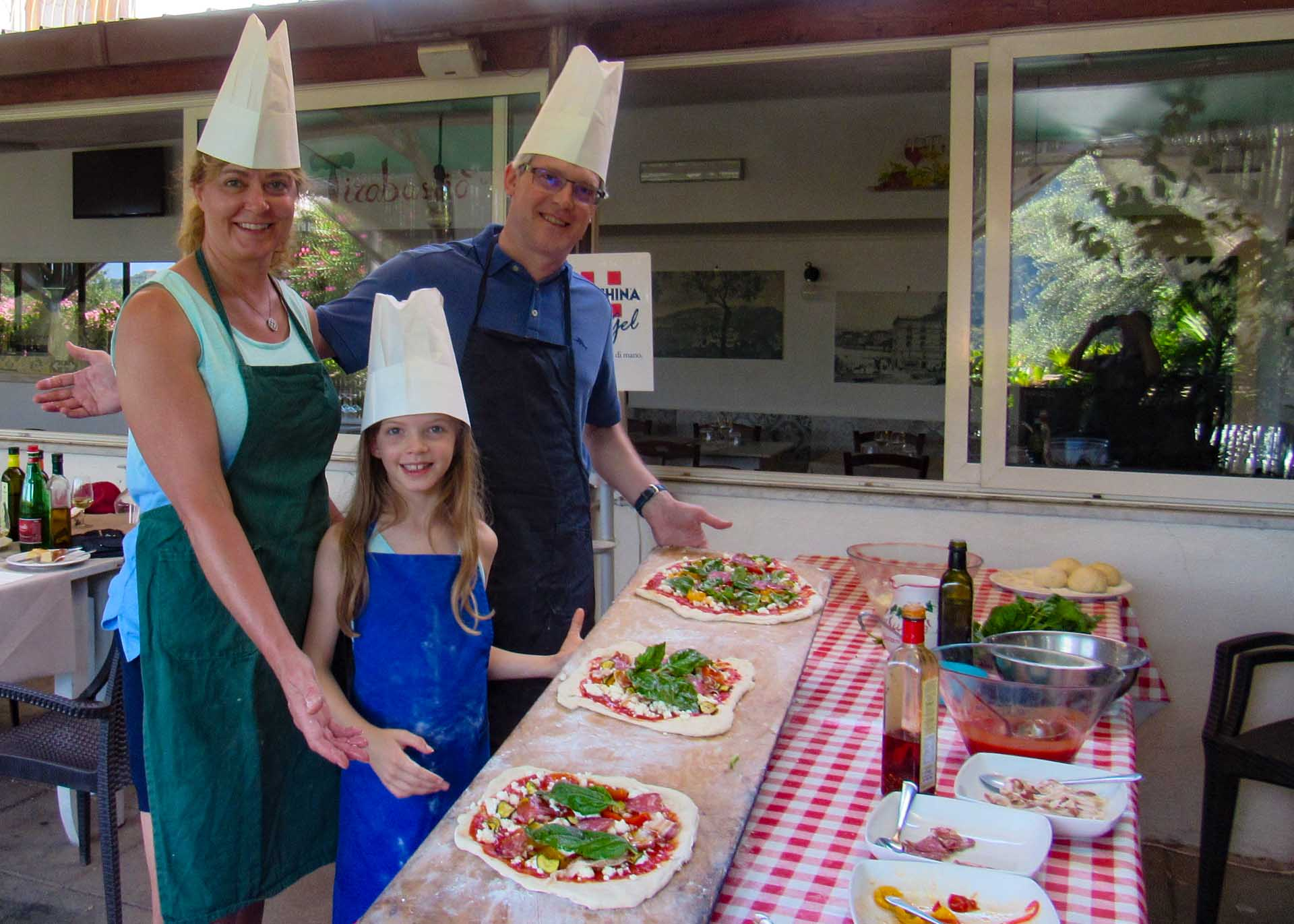 Pizza class for families in Sorrento